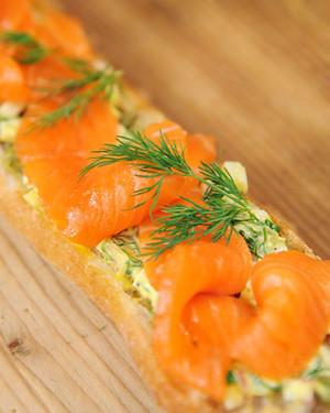 6073_122410_salmon_baguette.jpg