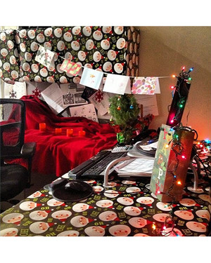 Instagram Contest: Deck Your Desk