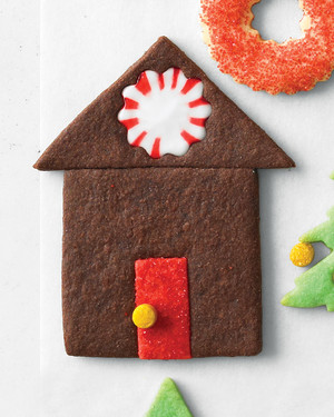 mld106463_1210_cookie_house.jpg