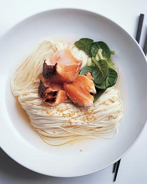salmon-ramen-0706-mla102154.jpg