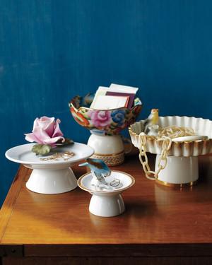 Pedestal Dishes