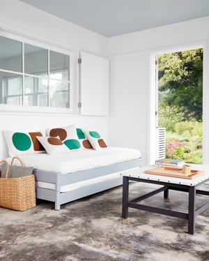 Canvas Decor Projects That Will Help Keep You Cool This Summer