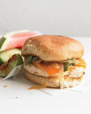 med104768_0709_chickenburger.jpg