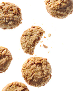 nutty-butter-cookies-md108377.jpg