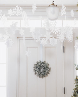 10 Ways to Have a White Christmas (Without the Snow)