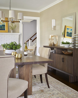 Gentil A Traditional New Jersey Home Gets A Whimsical Makeover