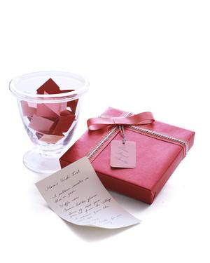 mla100505_1203_gifts_notecards.jpg