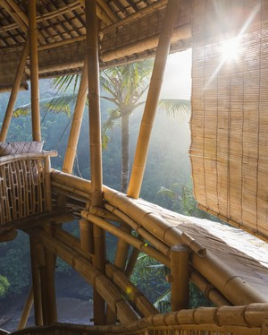 Commune with Nature: These Are the Greatest Treehouse Hotels in the U.S.
