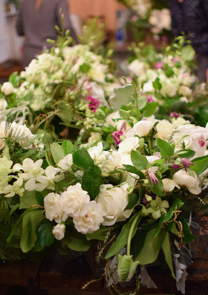 5 Reasons You Should Try a Flower Arranging Class