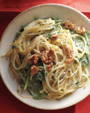 Lemony Pasta with Goat Cheese and Spinach image