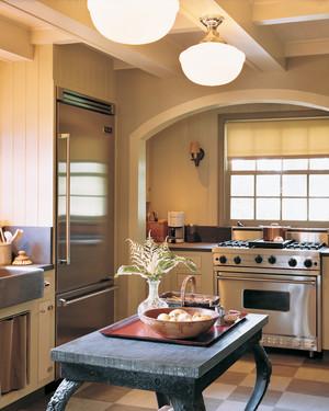 kitchen-redefined-02-d99500-0915.jpg