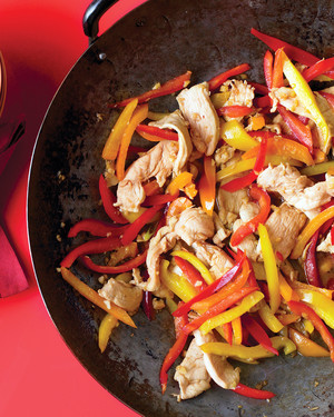 Stir Fried Honey Ginger Chicken With Peppers