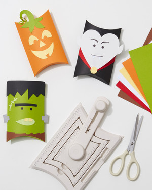 8 DIY Halloween Decorations to Die For