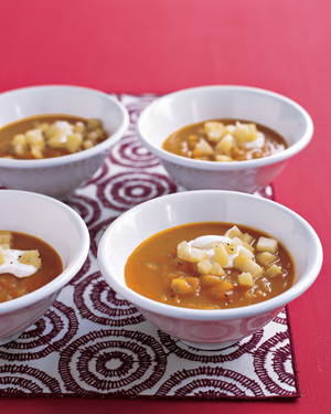 squash-apple-soup-0104-mea100524.jpg