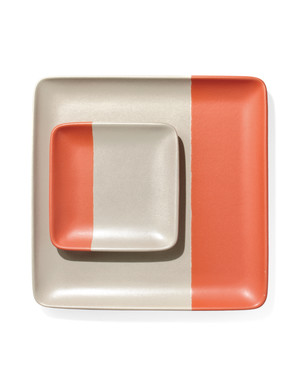easy-entertaining-plate-mld108853.jpg