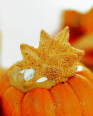 q7x1521_fall02_puff_pastry_leaves.jpg