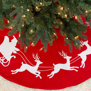 Stenciled Holiday Tree Skirt