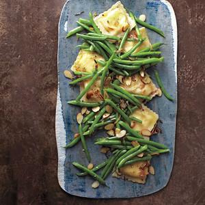 green bean ravioli salad