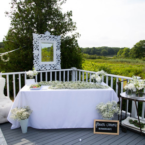 blooming en blanc party diy station