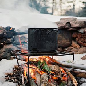 boiling sap campfire