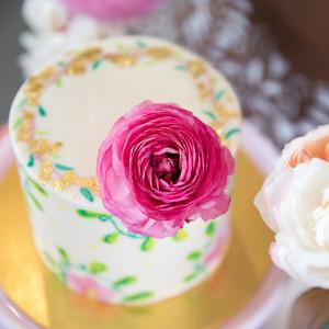 cinco de mayo floral fiesta cake flowers