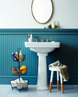 Your Bathroom Storage Dilemmas Are Solved