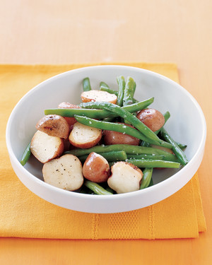 potatoes-green-beans-0104-mea100524.jpg