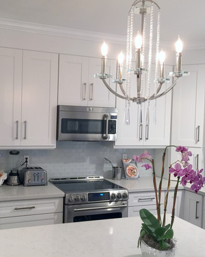 Bright Kitchen Lighting Ideas See How New Fixtures Totally - Kitchen spotlight fixtures