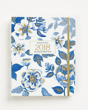 10 Day Planners to Keep You Better Organized in 2018
