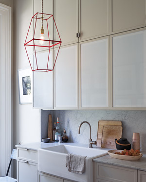 kitchen-redlamp-035-notowel-md110260.jpg