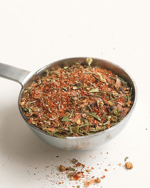 emeril-creole-seasoning-0908-med104078.jpg