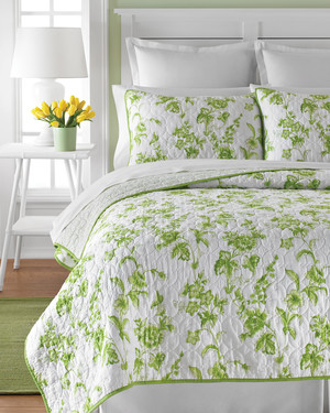 msmacys-quilts-dawnblossom-retail-0214.jpg