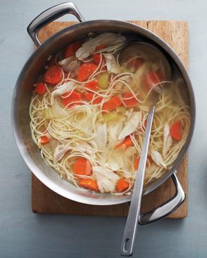 stockpot-chicken-soup-064-d110688-0914.jpg