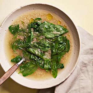 lemony quinoa spinach soup