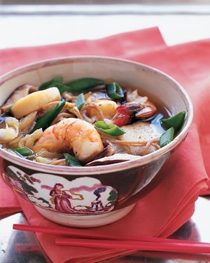 recipe: seafood soba soup [7]
