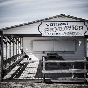 waterfront restaurant tangiers chesapeake bay