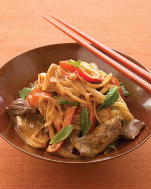 coconut-beef-curry-noodles-1007-med103160.jpg