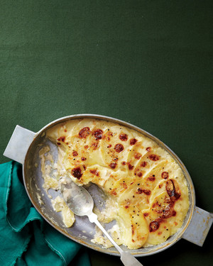 thanksgiving-scalloped-potatoes-med107616.jpg