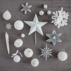 Winter White Christmas tree ornaments