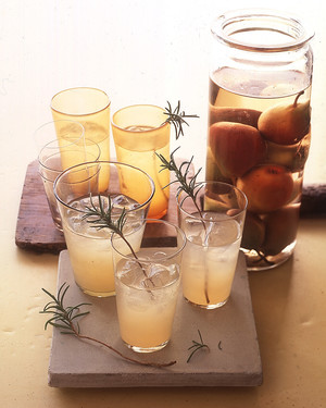Thanksgiving Cocktail and Drink Recipes