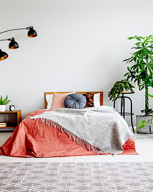 10 Ways to Organize Your Bedroom Like an Interior Designer