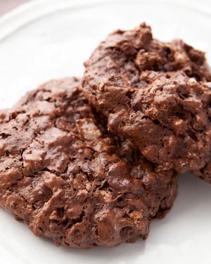 flourless-double-chocolate-pecan-cookies-medfw1035.jpg