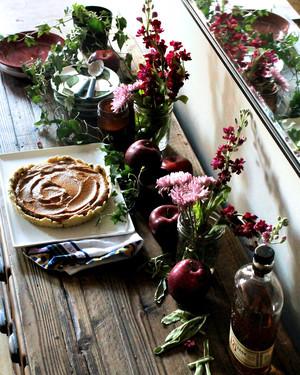 5 Creative Nontraditional Table Setting Ideas Martha
