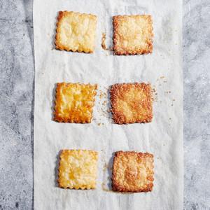 Pie crust finish