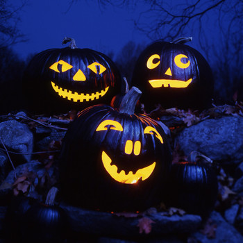 10 Scary Pumpkin Faces That Are Straight Out of Your Spookiest Nightmare