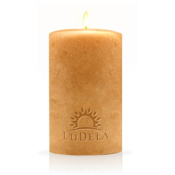 LuDela is the world's first real flame smart candle.