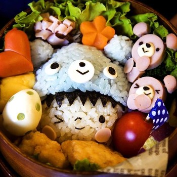This Japanese Food Artist is the Queen of Adorable Bento Boxes