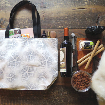 Ideas for a Winter Picnic Gift Basket
