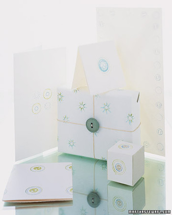 Button Stamp Gift Wrap