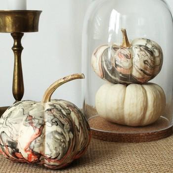 Marbleized pumpkins for Halloween